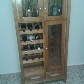Mueble botellero.